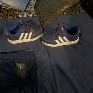 Toddler boys sz7 adidas sneakers